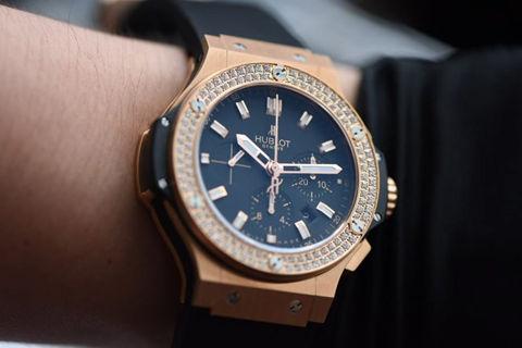 Hublot Big Bang Diamond Bezel Replica Watch